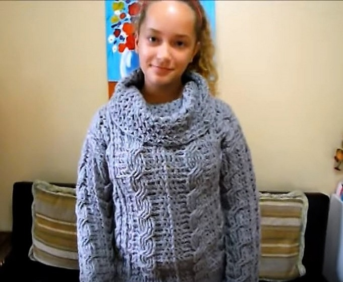 18-crochet-adult-cable-sweater