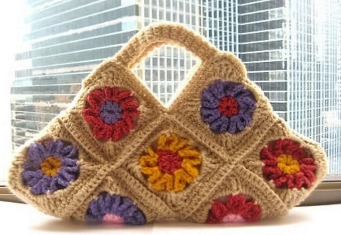 floral-bag-crocheted