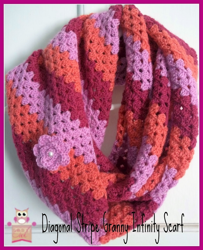 infinity-scarf-diagonal-granny-stripe