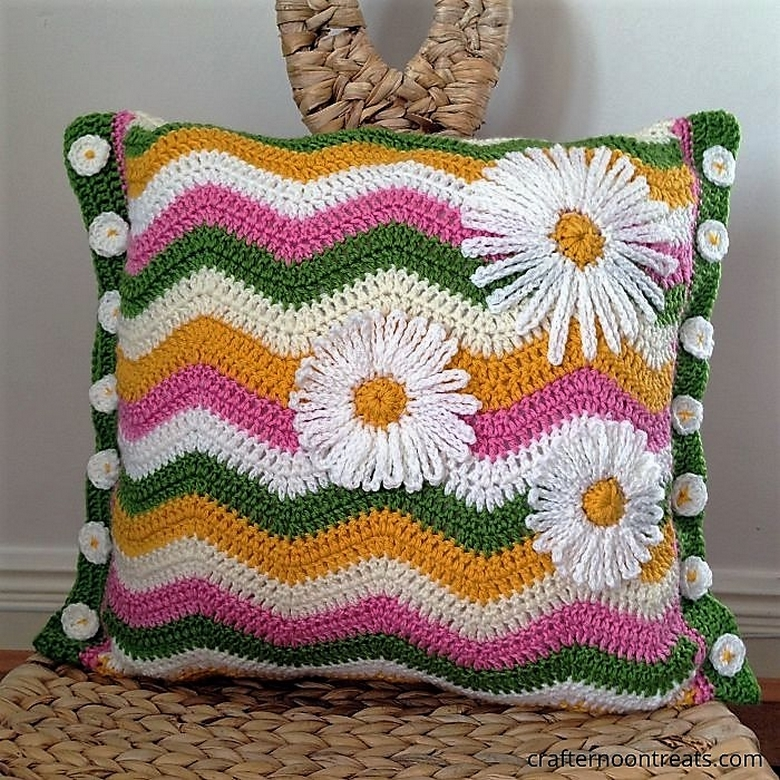 summer-ripple-cushion