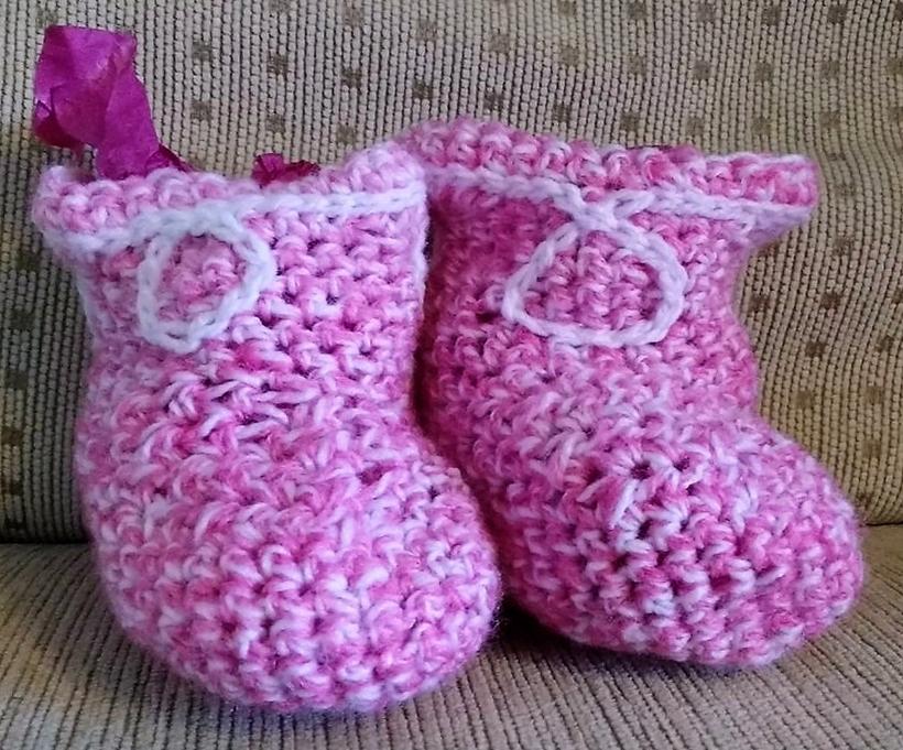 crochet-baby-booties-13