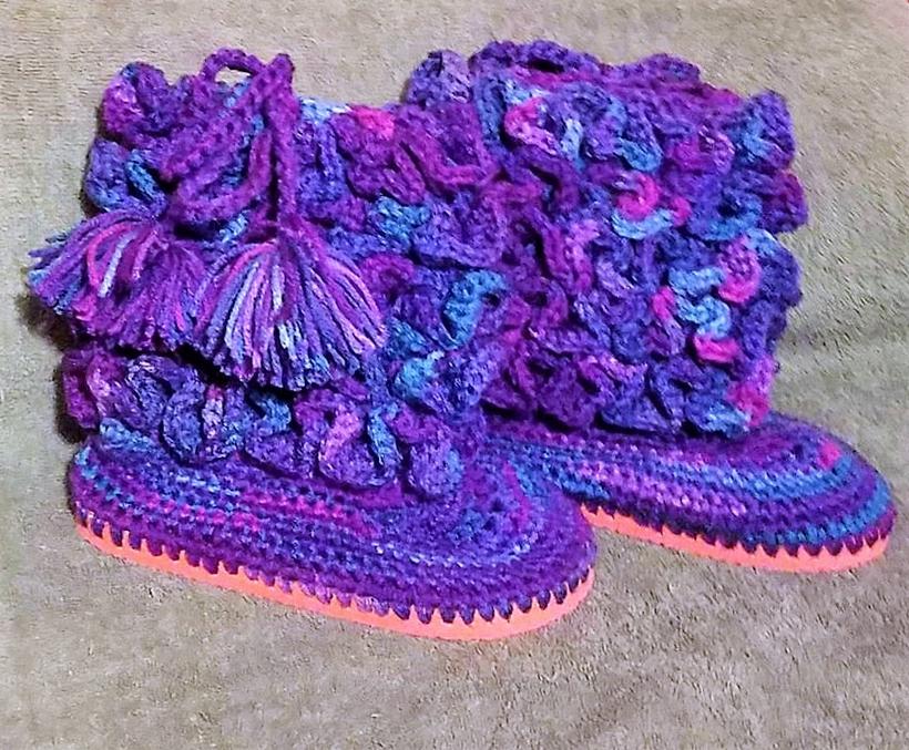 crochet-baby-booties-16