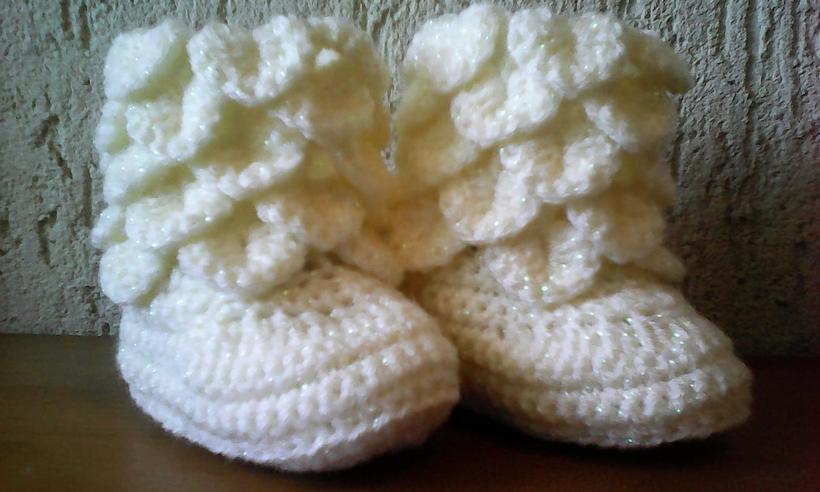 crochet-baby-booties-6