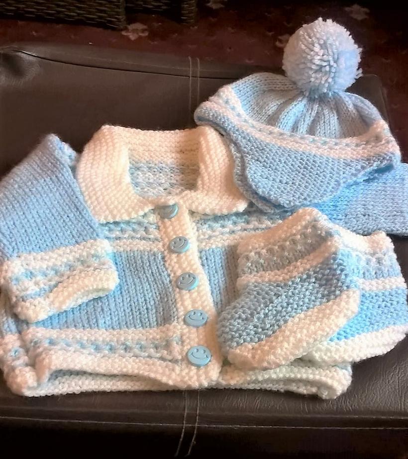 crochet-baby-set-8-2