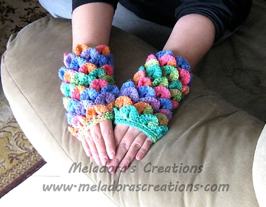 crocodile-stitch-finger-less-gloves-free-crochet-pattern