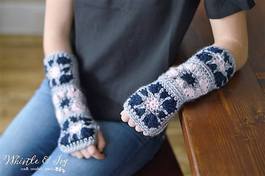 granny-square-arm-warmers