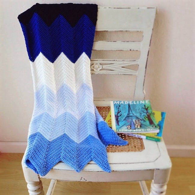 crocheted-chevron-baby-blanket-pattern