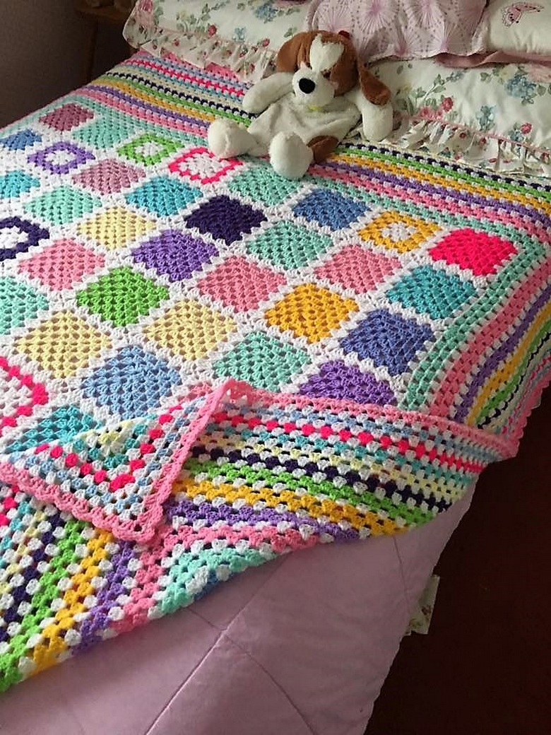 Book Cover Crochet Quilt ~ Awesome design ideas for crochet bedspreads