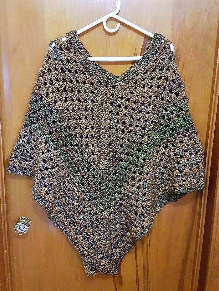 crochet-poncho-10