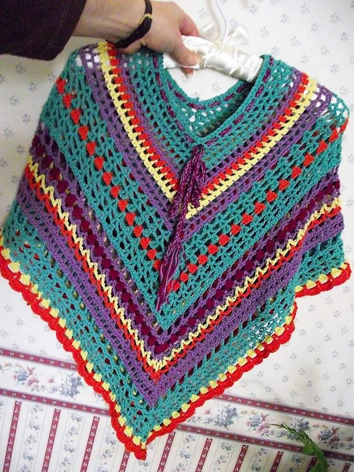 crochet-poncho-11