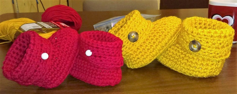 crocheted-baby-booties-1