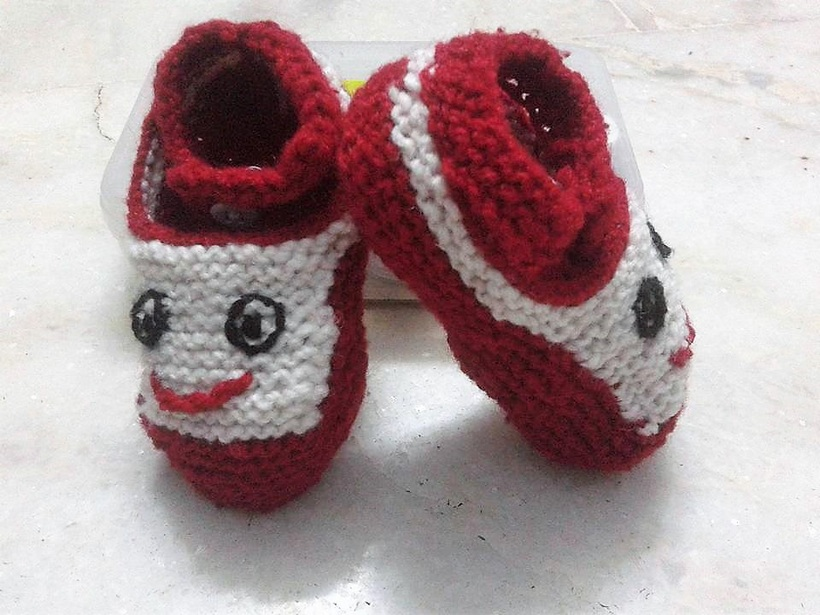 crocheted-baby-booties-11-3