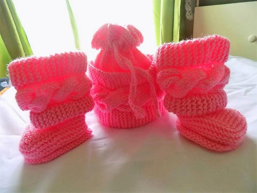crocheted-baby-booties-12