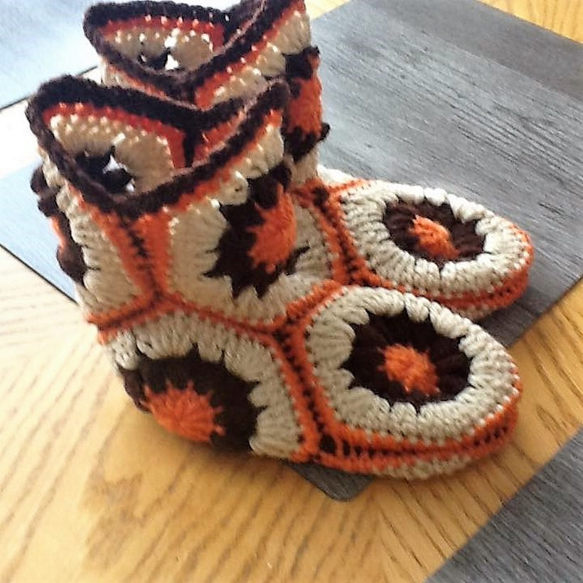 crocheted-baby-booties-13-3