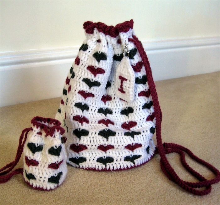 little-hearts-drawstring-bag-pattern