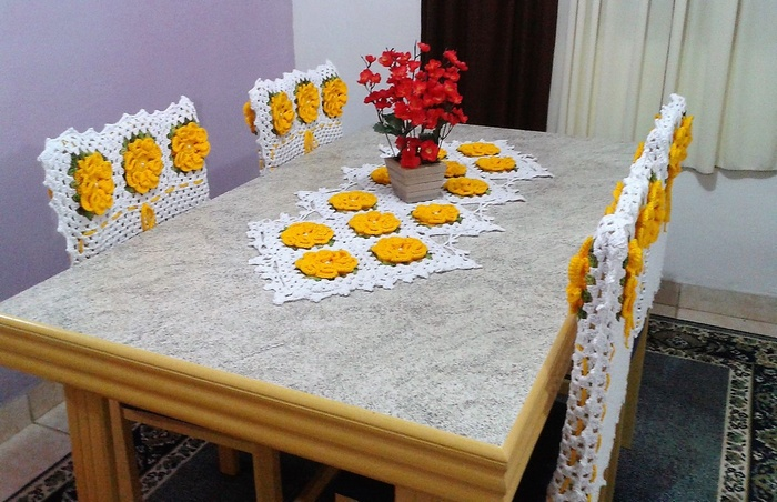crochet table runner 2 - 3