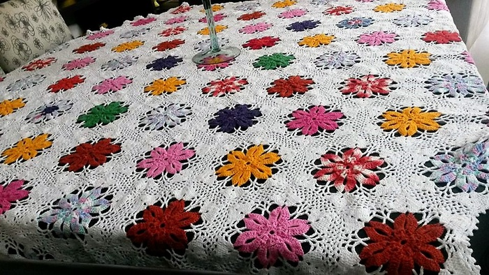 crochet table runner 9