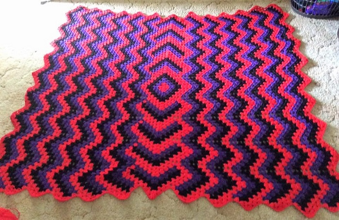 crocheted baby blanket 15