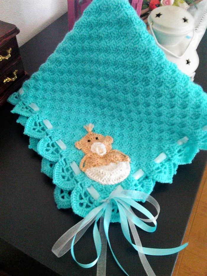 crocheted baby blanket 16