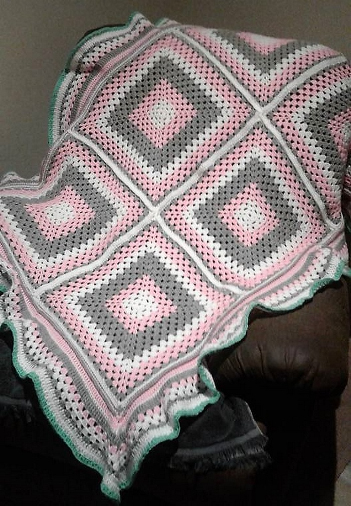 crocheted baby blanket 17