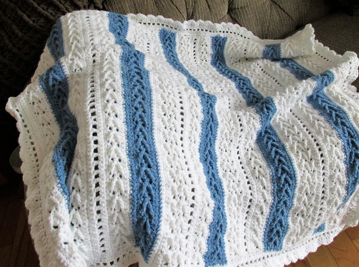 crocheted baby blanket 18