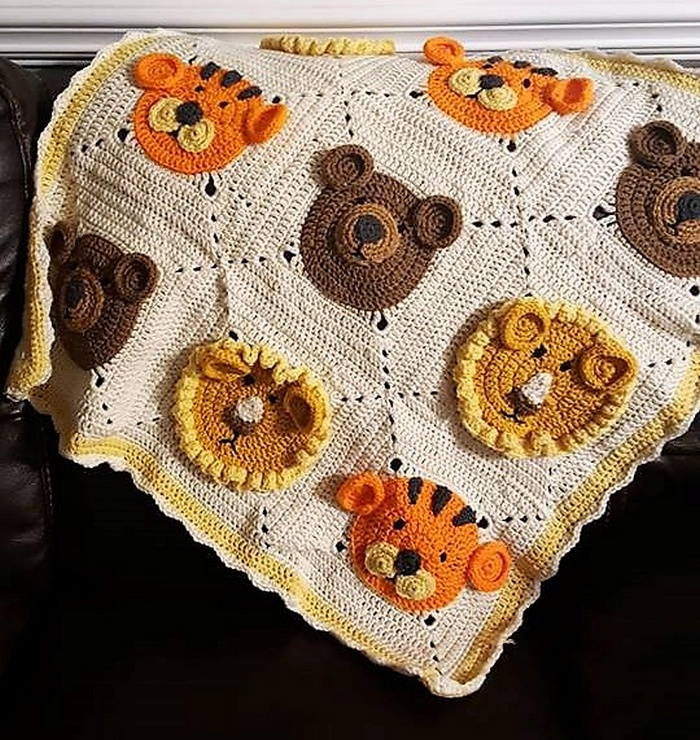 crocheted baby blanket 5