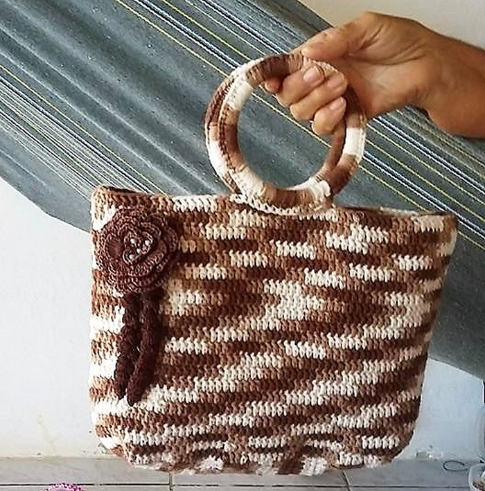 crocheted bag 13