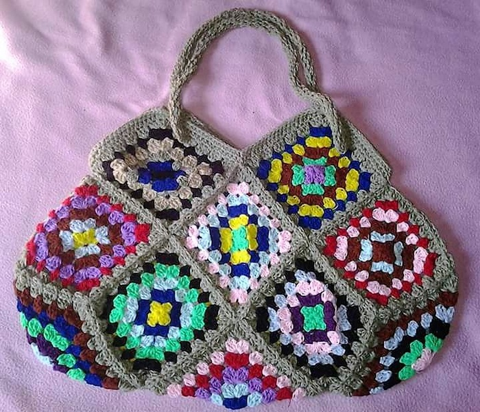crocheted bag 16
