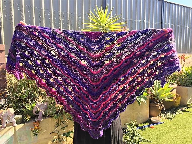 crocheted-shawl-12