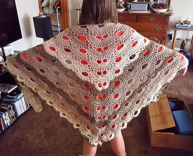 crocheted-shawl-9