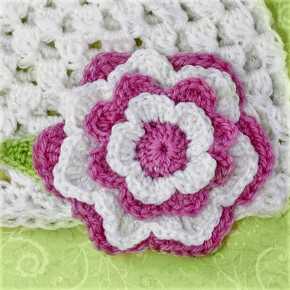 free-crochet-rose-pattern-11