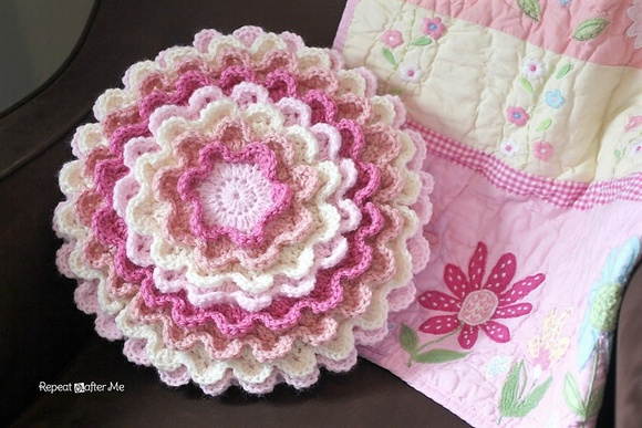 free-crochet-rose-pattern-18