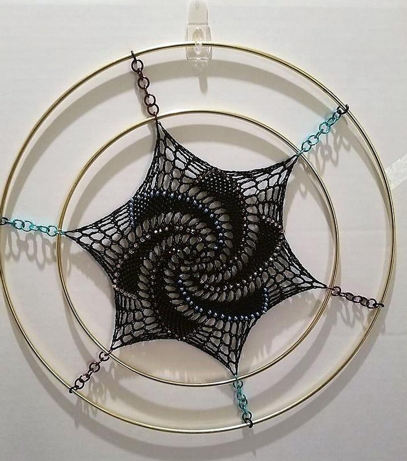 how to make a crochet dreamcatcher
