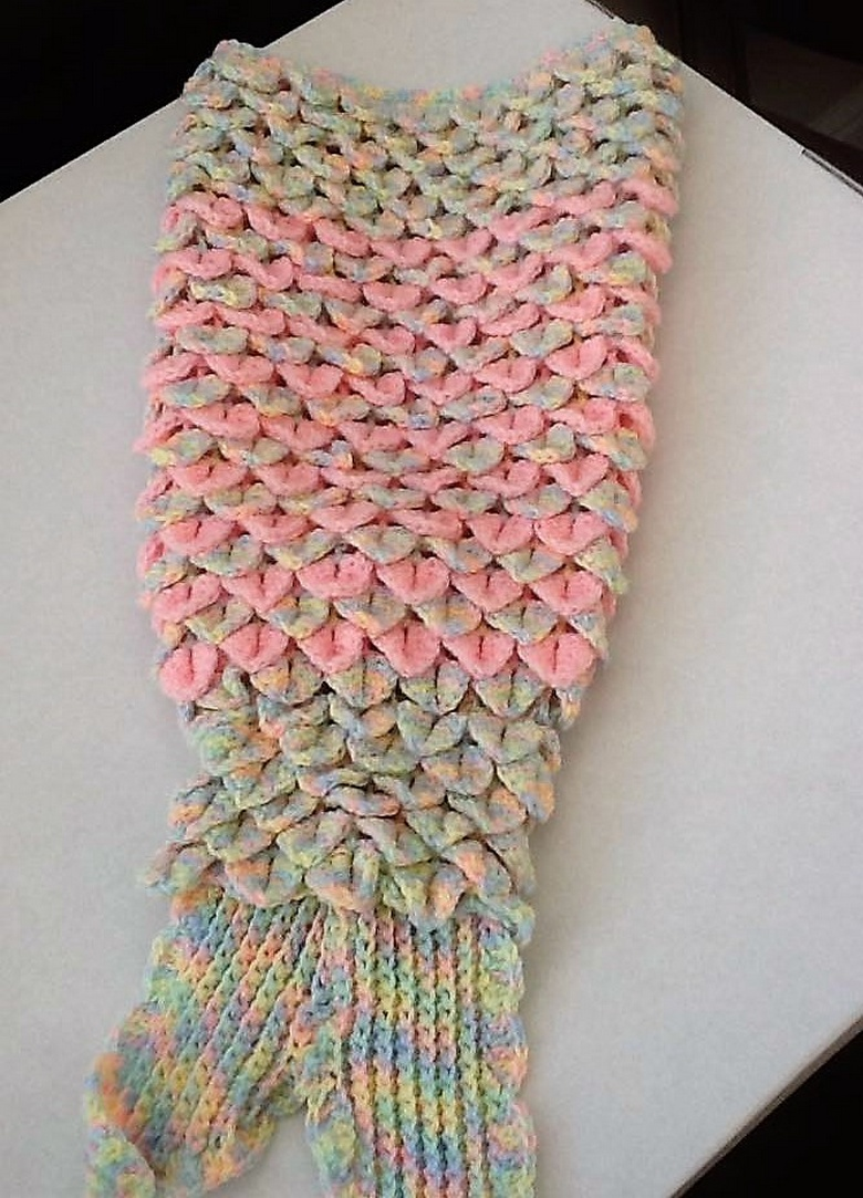 crochet mermaid tail 14