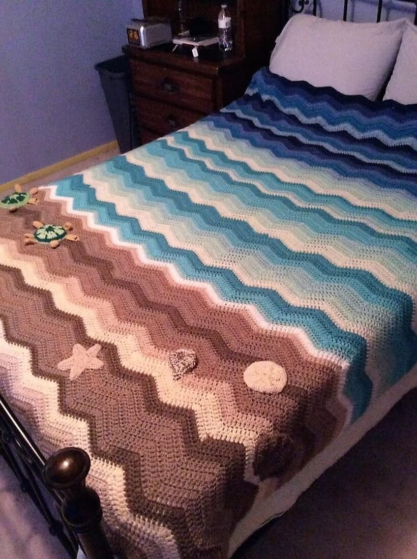 bedspread crocheting 10