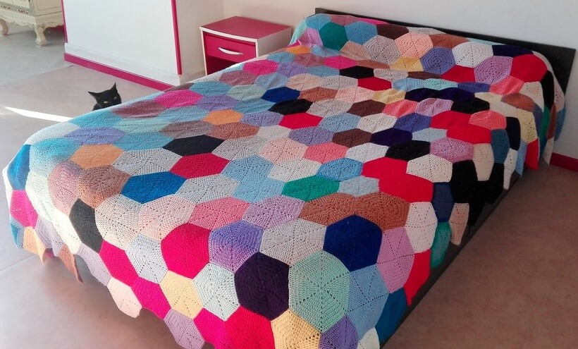bedspread crocheting 12