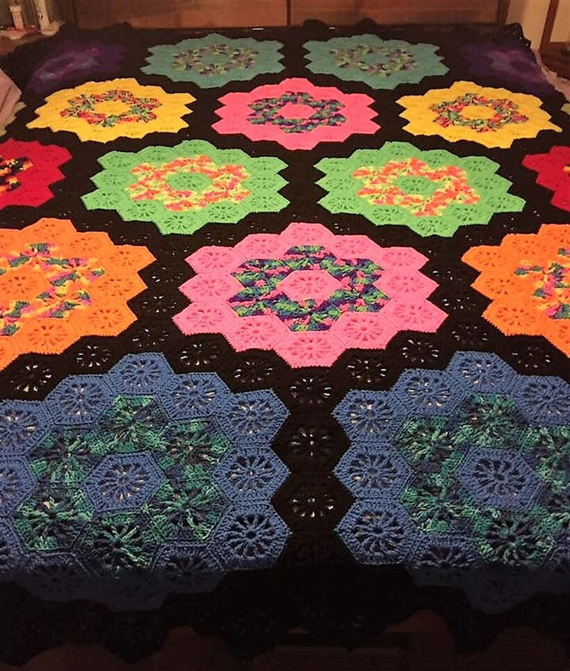 bedspread crocheting 4