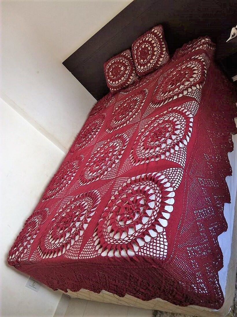 bedspread crocheting 6