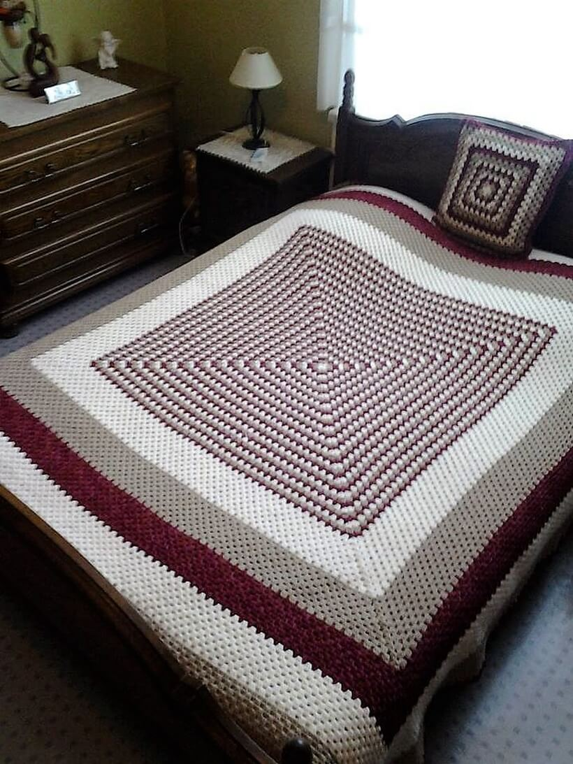bedspread crocheting 8