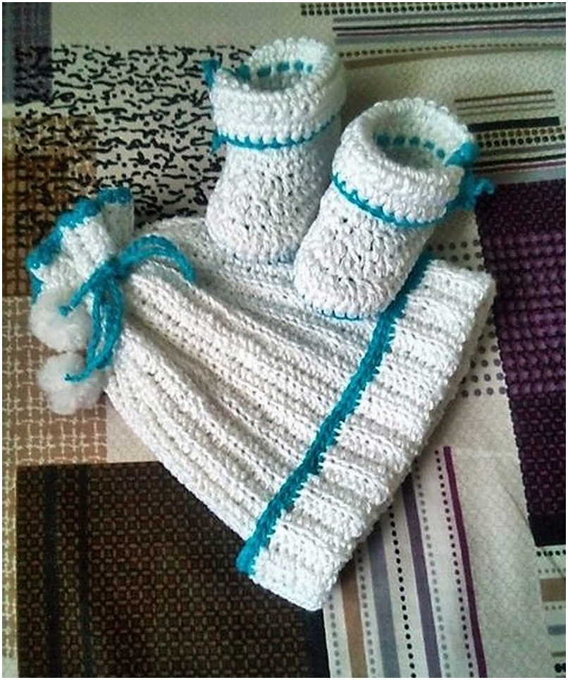 crocheted baby set 12