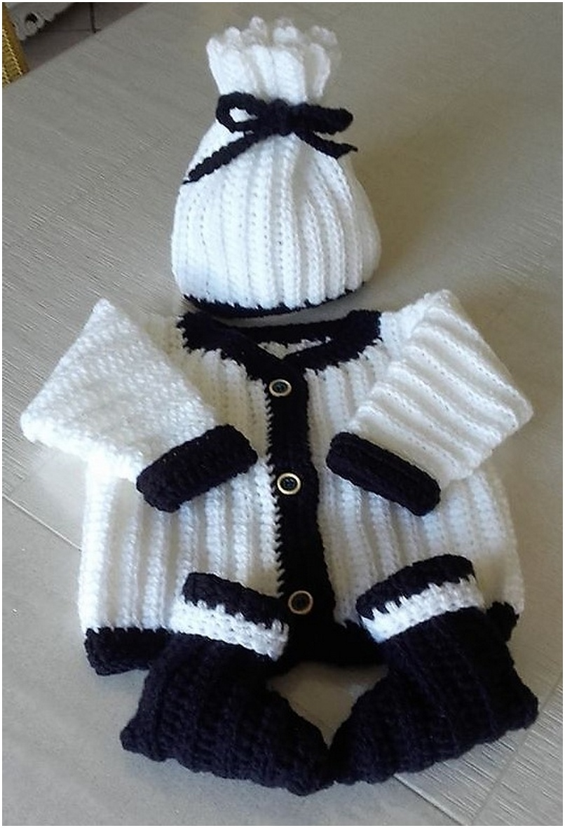 crocheted baby set 14