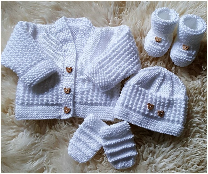 crocheted baby set 18