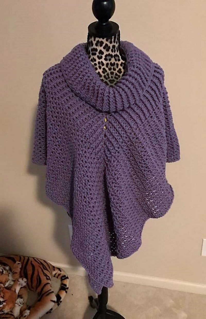 crocheted poncho 1