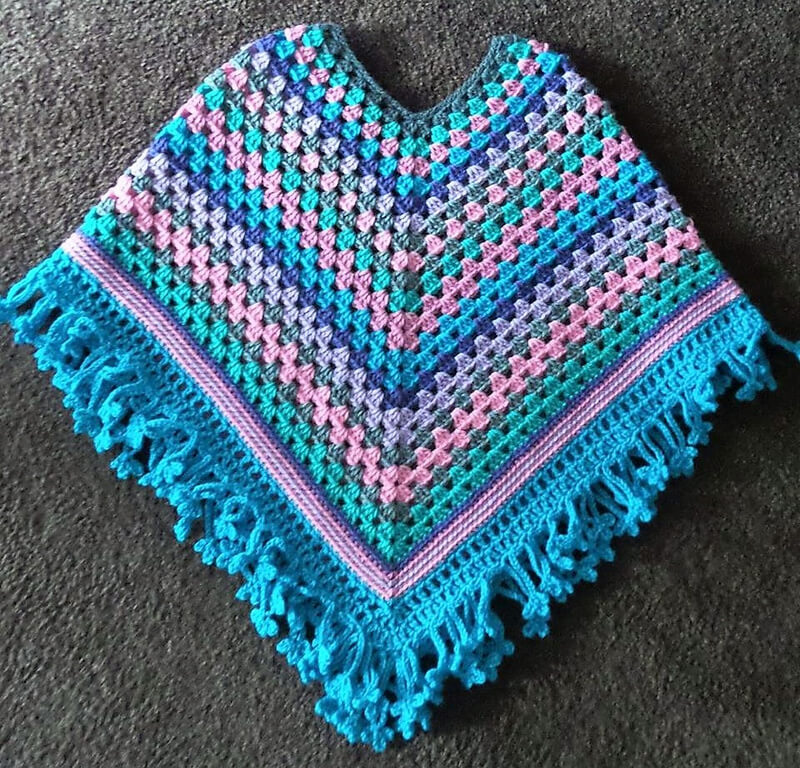 crocheted poncho 3
