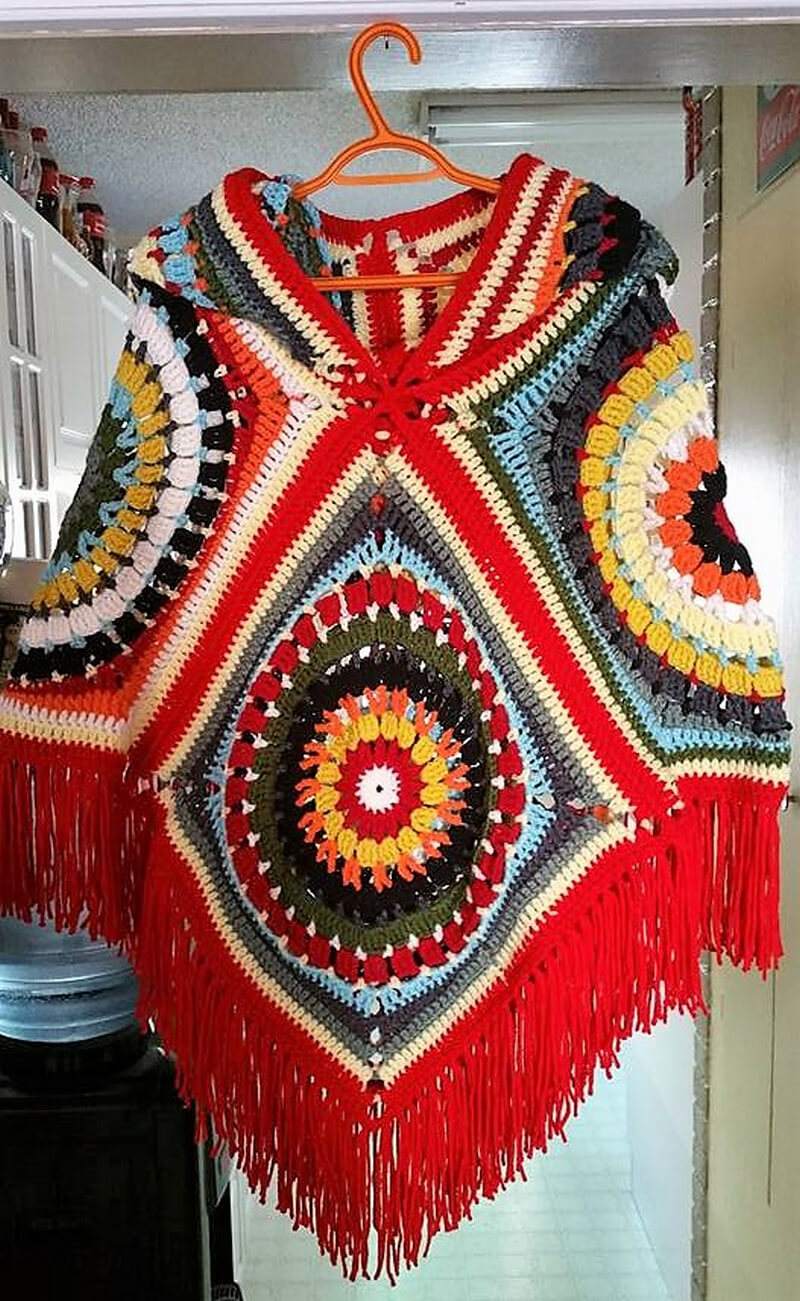 crocheted poncho 4
