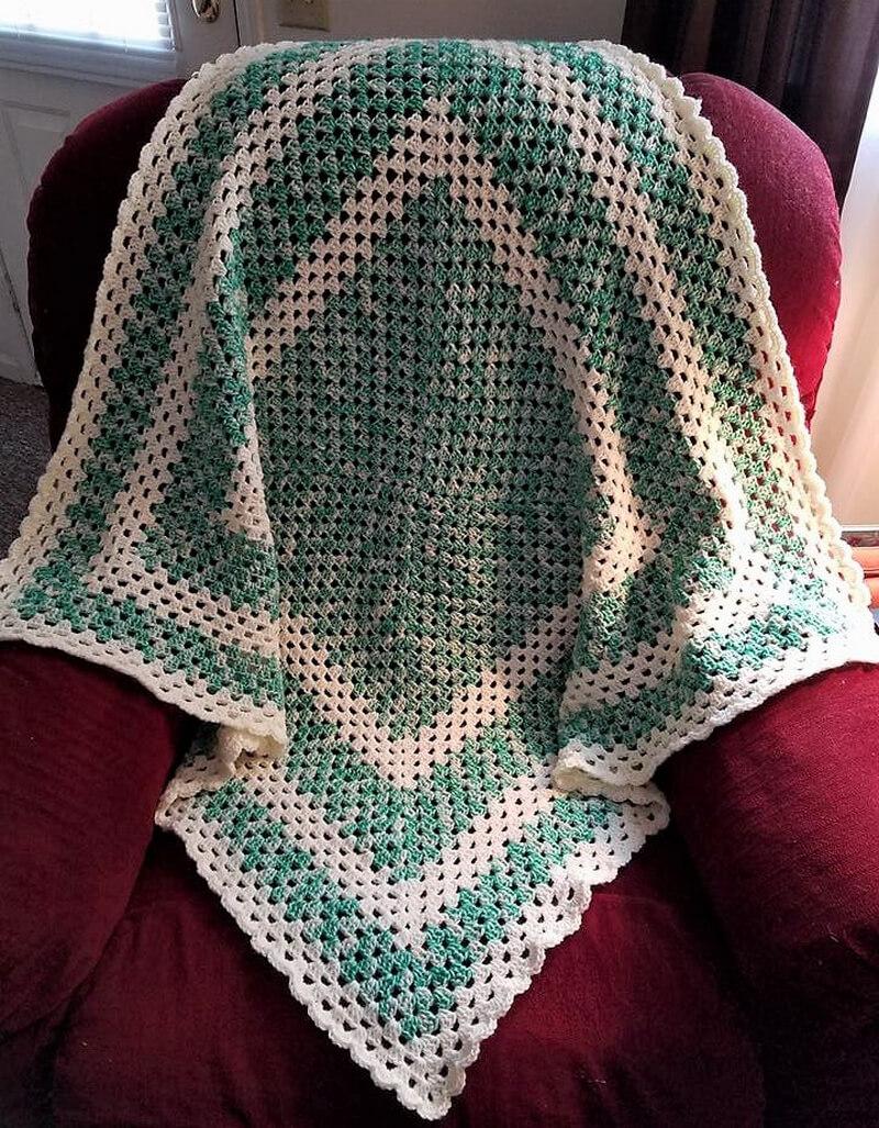 granny square blanket 4