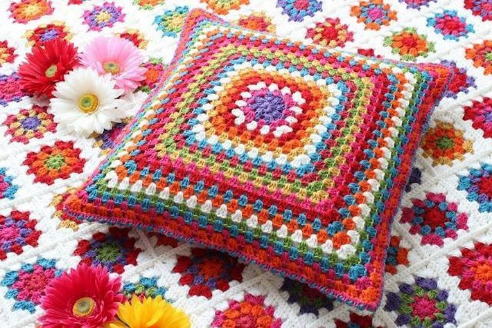 40 Crochet Cushion Design Ideas