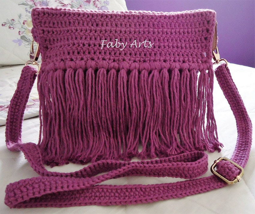 Easily Adoptable Crochet Bag Design Ideas
