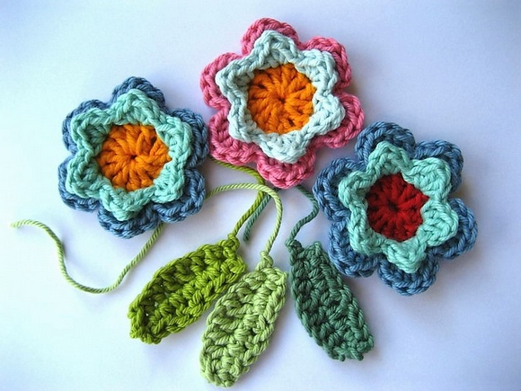 Simply Easy & Free Crochet Flower Patterns